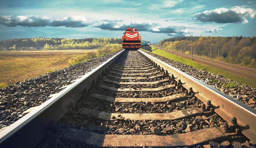 rail-cars-in-transit